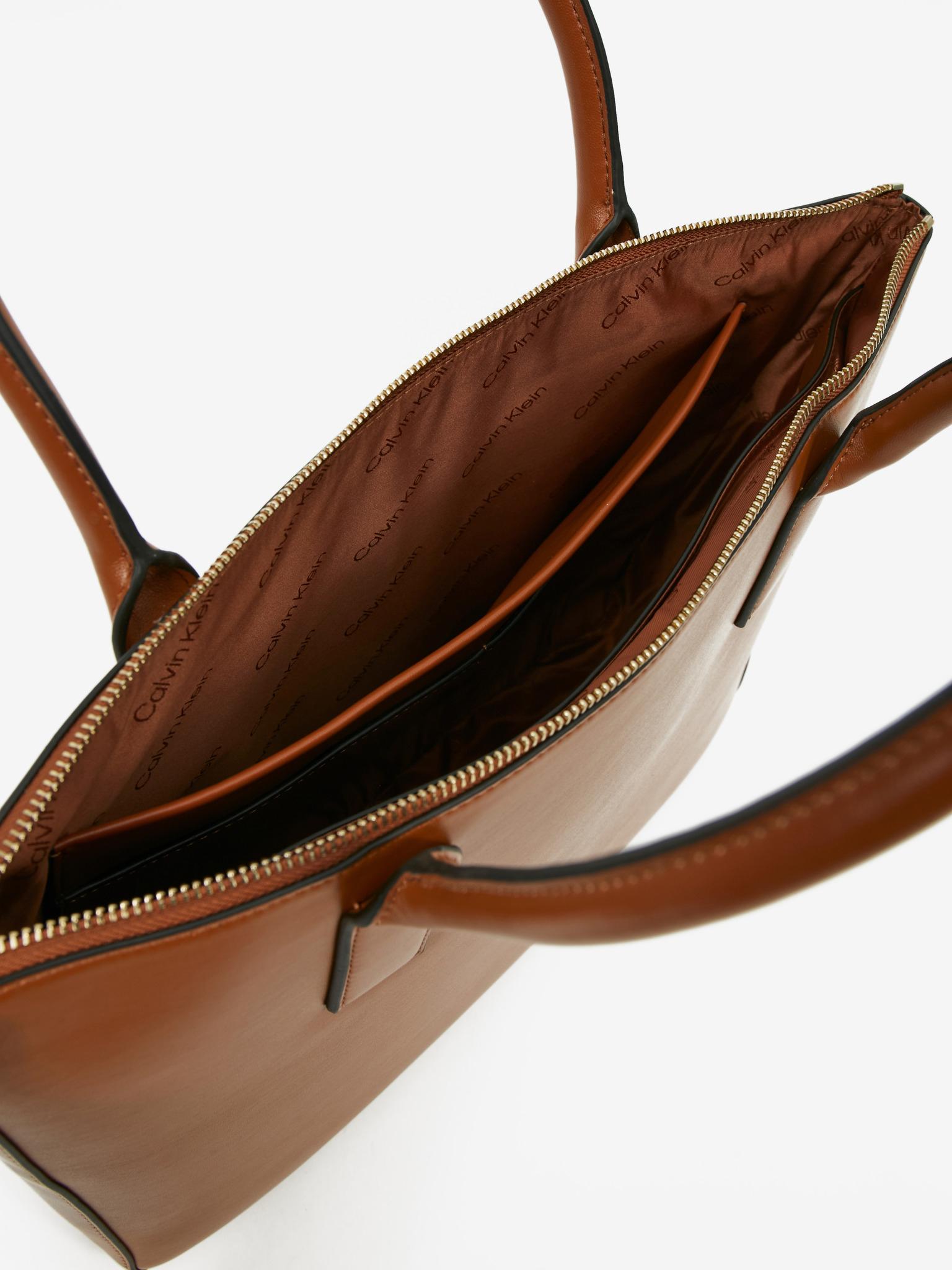 Calvin Klein marrone borsetta Focused Medium