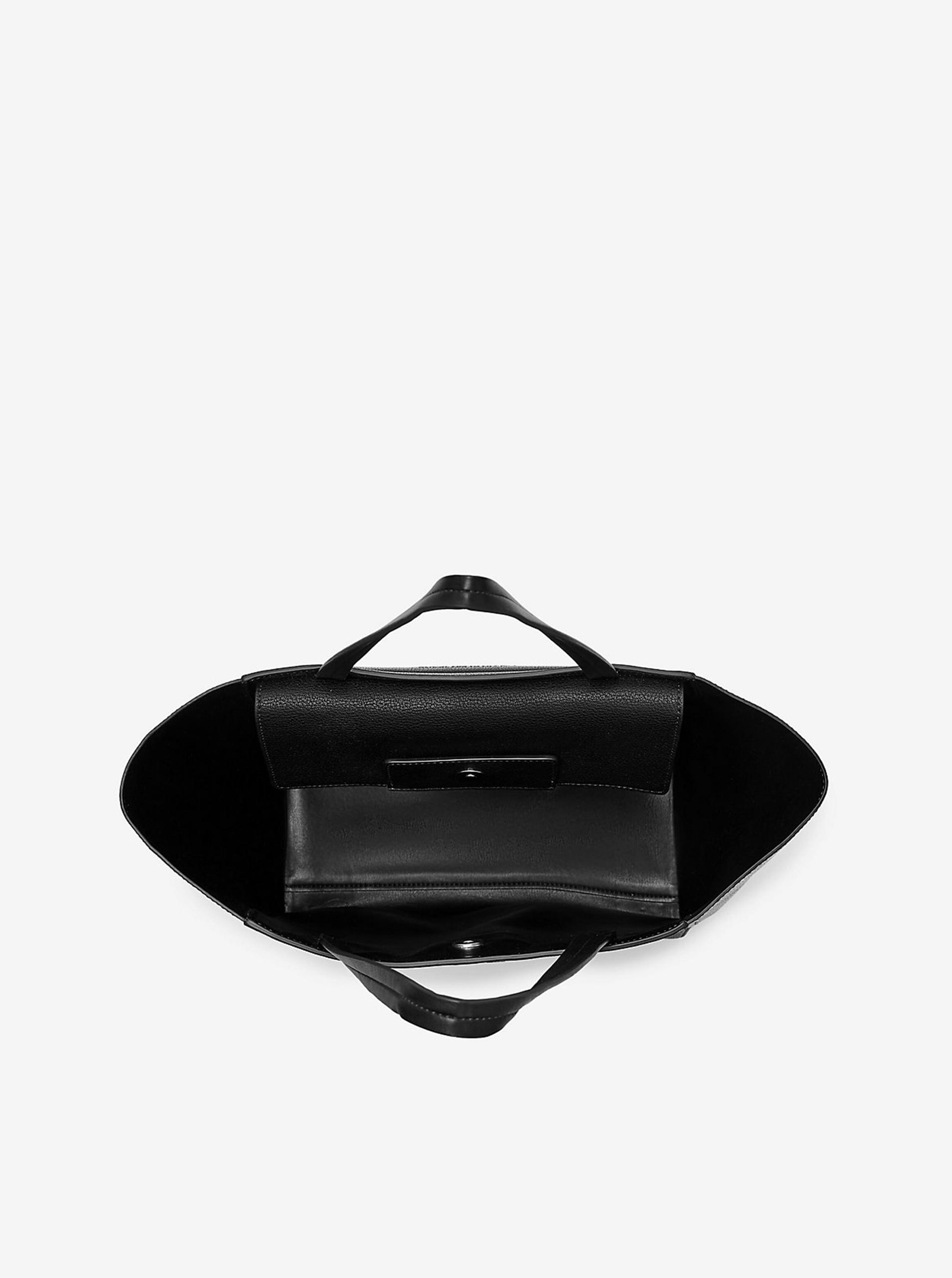 Calvin Klein nero acquirente
