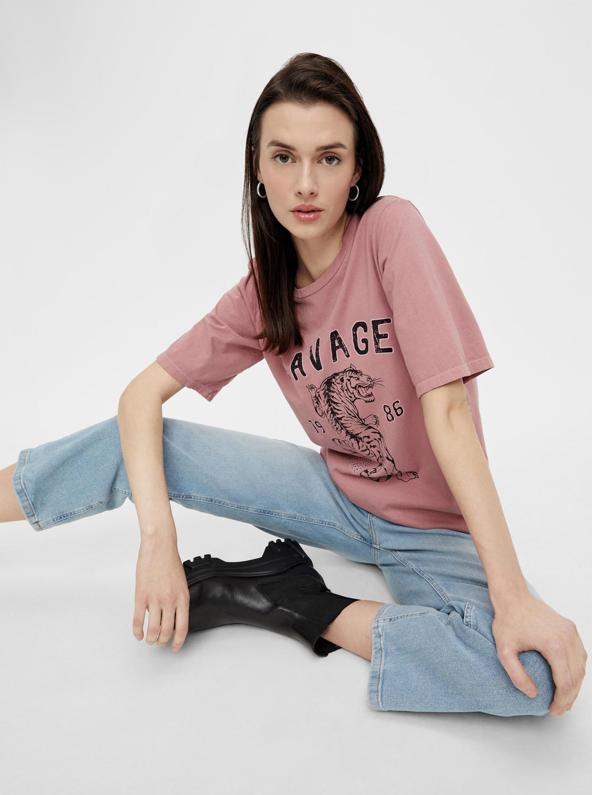 Pieces rosa da donna maglietta con stampa